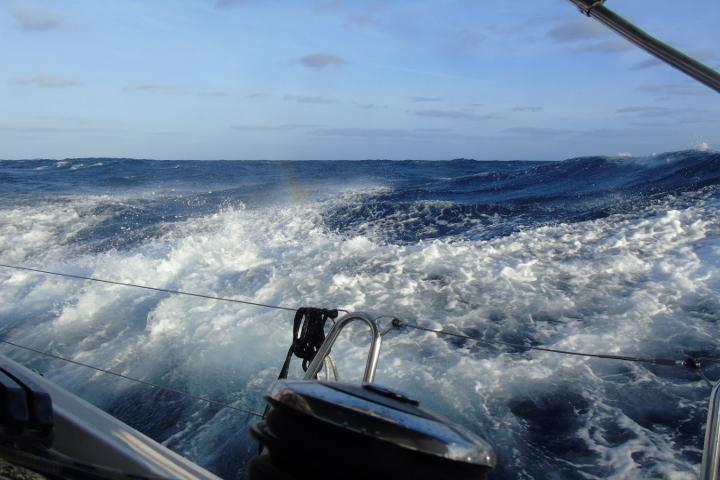море - вълни