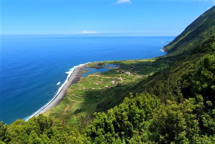 Фажас на остров Сао Жорж, Азори