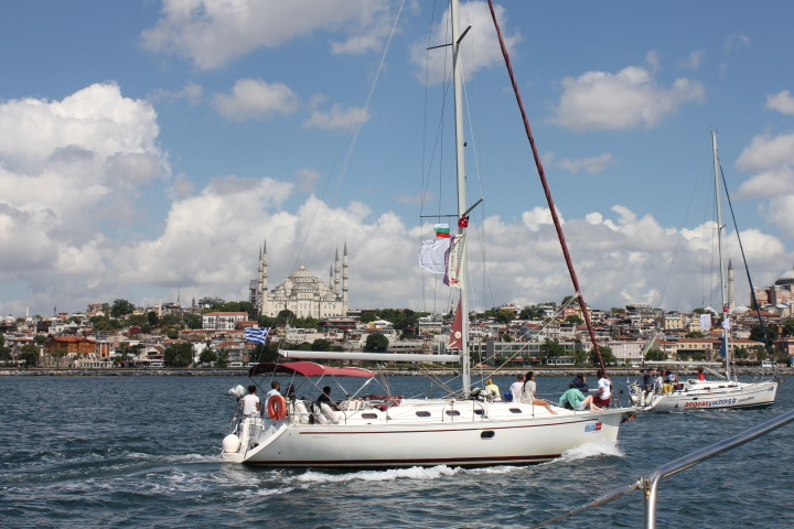 Турция - Истанбул - яхта - джамия